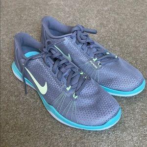 Nike Flex Supreme TR 5 Sneakers